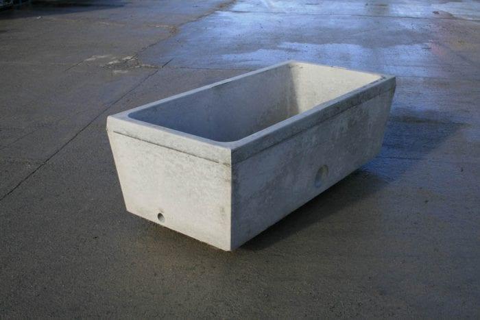 150 Gallon Water Trough Bottom Entry