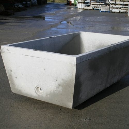 300 Gallon Water Trough Bottom Entry